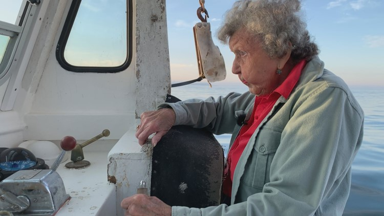 101-year-old Maine woman may be the oldest person in the world still lobstering