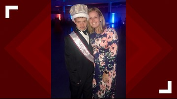 Good To Be King: Student Who Has Down Syndrome Named Prom King at His NC High School