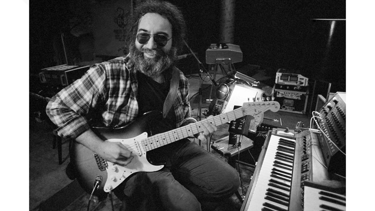 Musicians Jerry Garcia, Ritchie Valens and Labor activist Larry Itliong among California Hall of Fame inductees