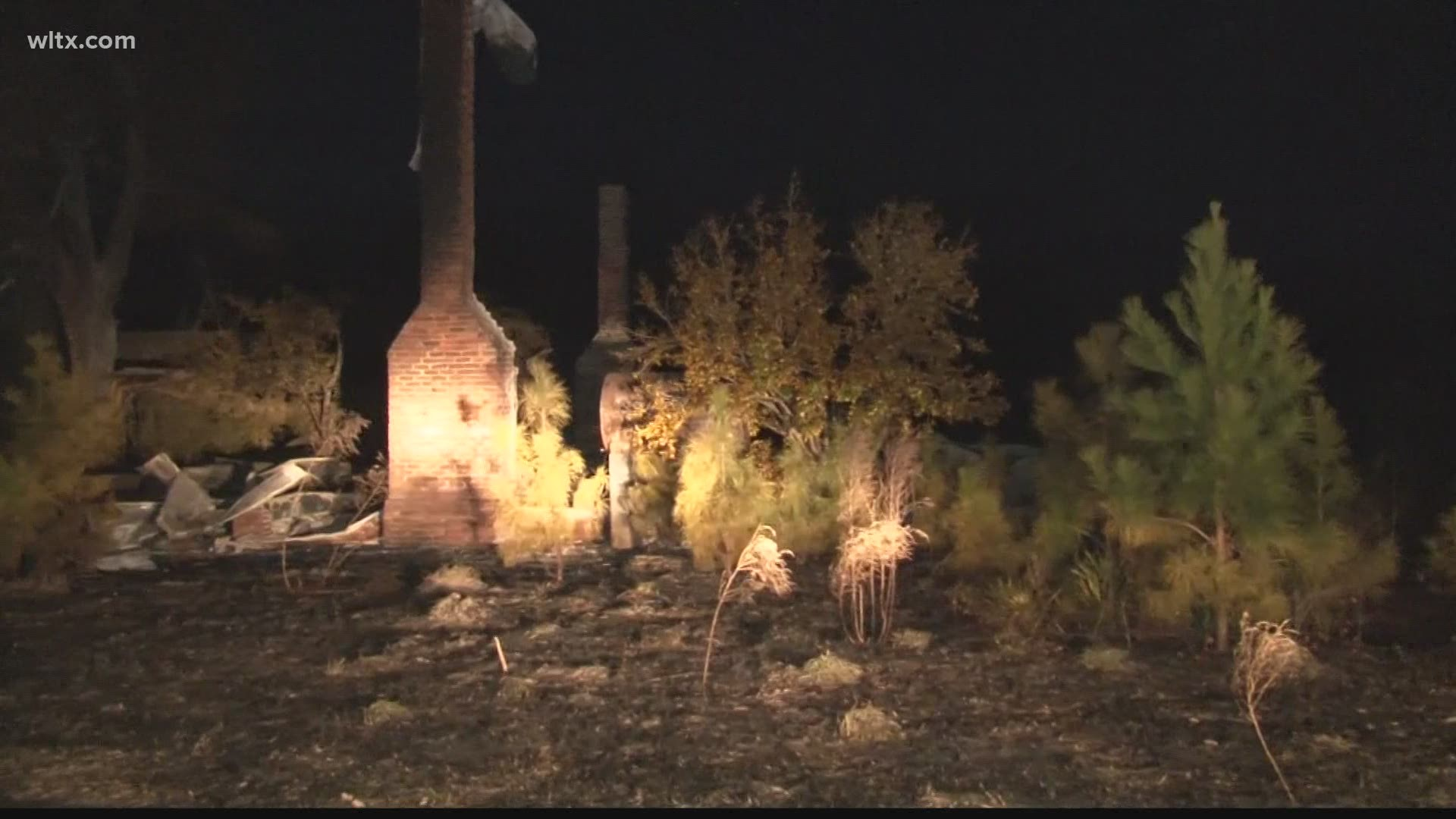 Haunted House Where Body Was Found In Freezer Burns Down Abc10 Com