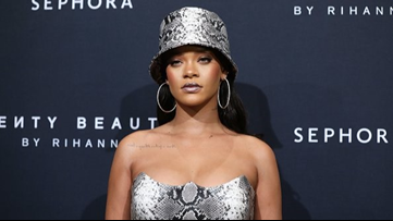 Report: Rihanna declined Super Bowl Halftime show in solidarity to Colin Kaepernick